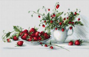 вышивка фруктов и ягод