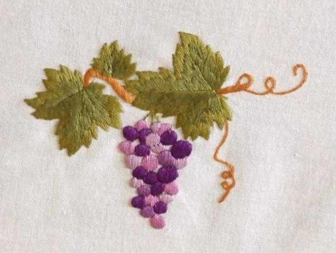вышивка гладью виноград