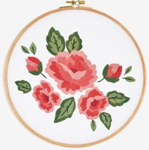 цветы розы гладью